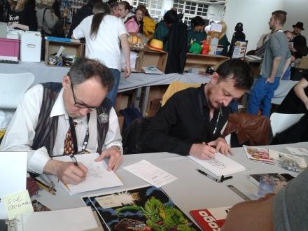 Signierstunde von Sylvain Savoia und Roger Langridge